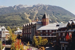 pet friendly hotel in whistler, hotel whistler dogs allowed